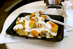 Veggie Borek with yogurt