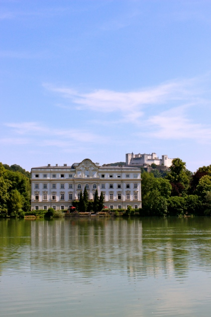 The palace used as the rear of the Von Trapp' s home in The Sound of Music